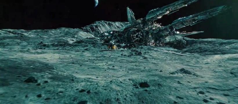transformers-3-dark-of-the-moon-unknown-spacecraft1